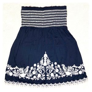 Guess navy blue floral embroidered tube top Small